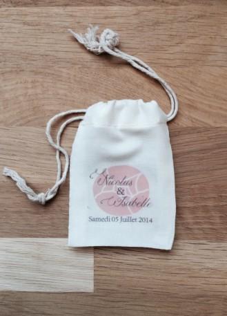 Pochon, sac en coton avec prénoms des mariés pour cadeaux invités ou dragées