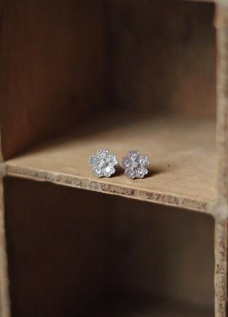 Boucles d'oreilles cadeau témoin mariage forme fleur