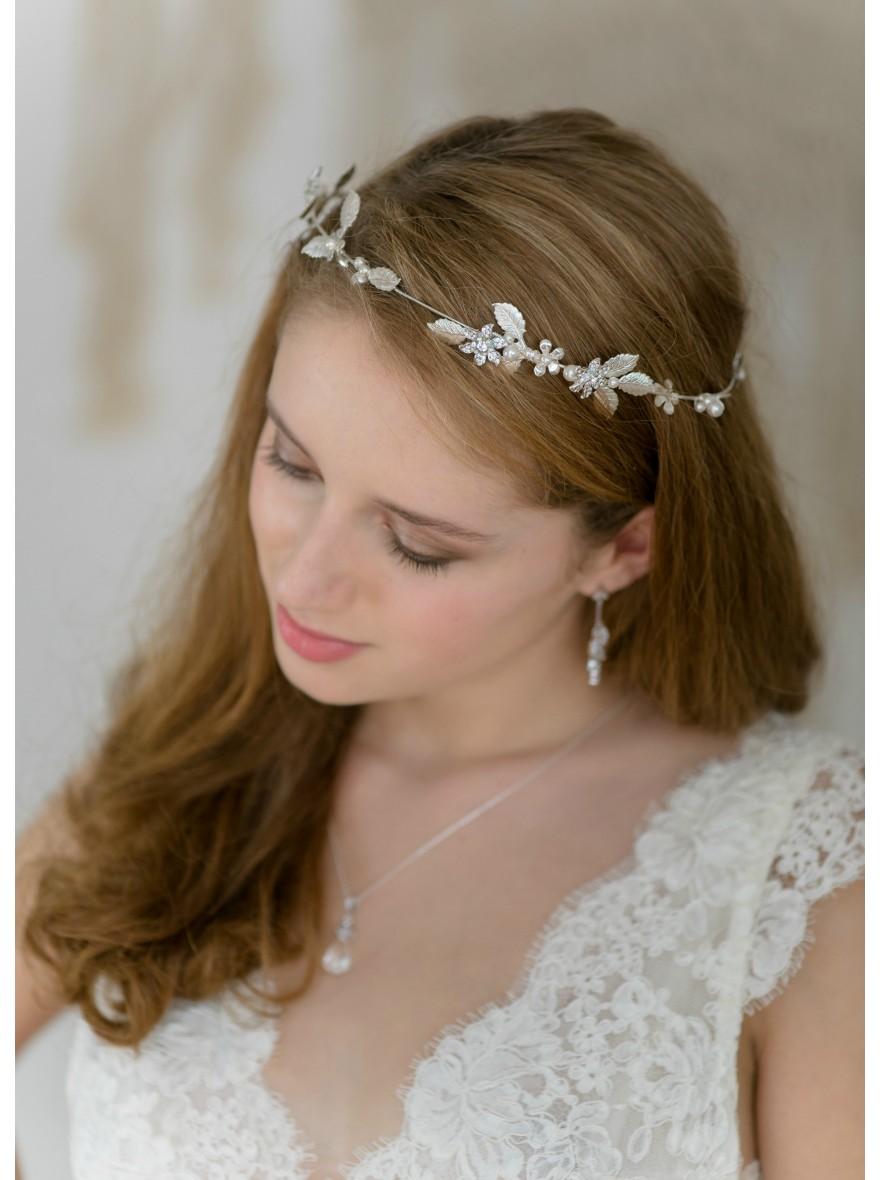 Couronne mariage el a avec fleurs feuilles perles et cristaux - Couronne de fleur mariage ...