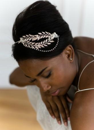 """Bijou de tête ou headband mariée """"Calliopée"""" avec perles et feuillages"""