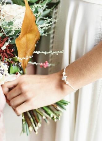 "Bracelet mariage ""Ornella"" avec perles et serti flocon étoile"