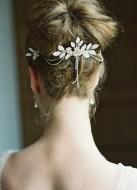 """Ornement de cheveux mariée """"Margot"""" avec fleurs et pendants en strass"""
