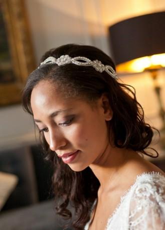 """Sarah"" Headband de mariée au motif fleur strassé"