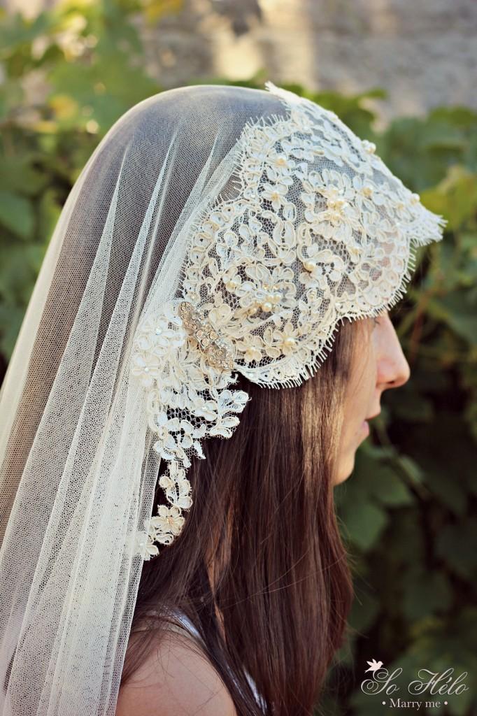 détail profil voile mariée rétro dentelle