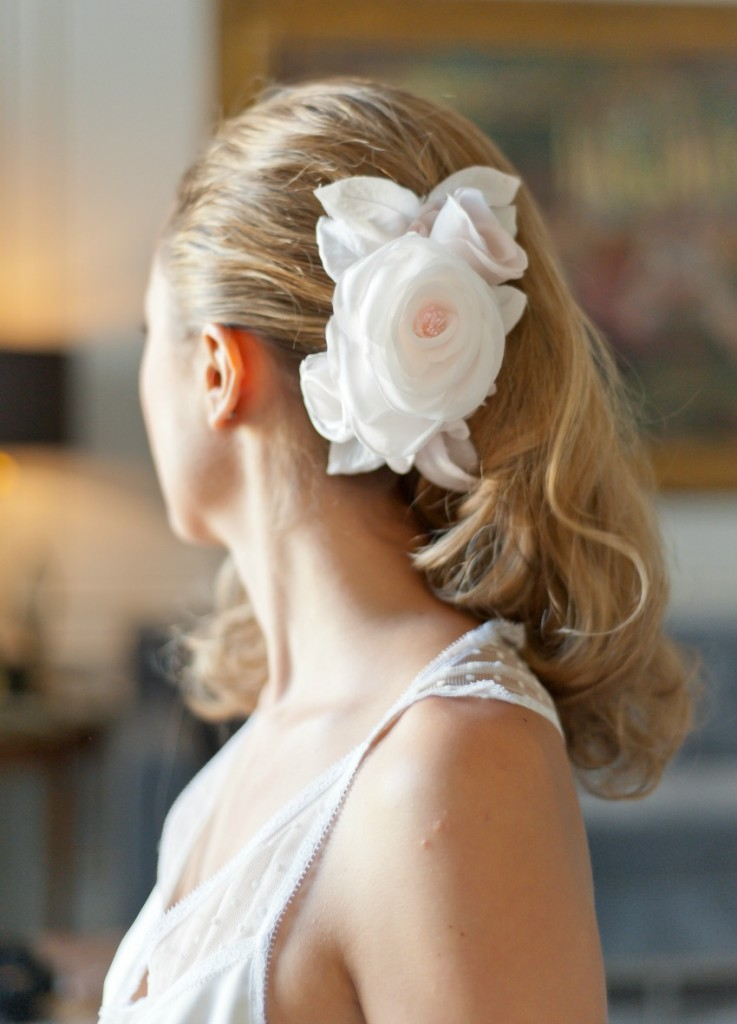 ornement-demi-couronne-fleurs-en-soie dos