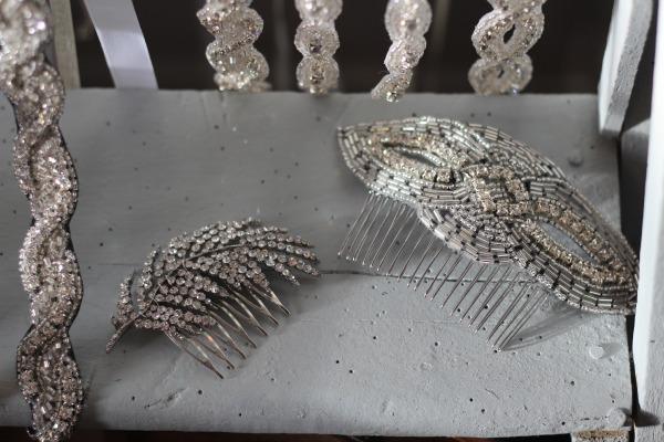 peigne mariée rétro avec perles et cristaux