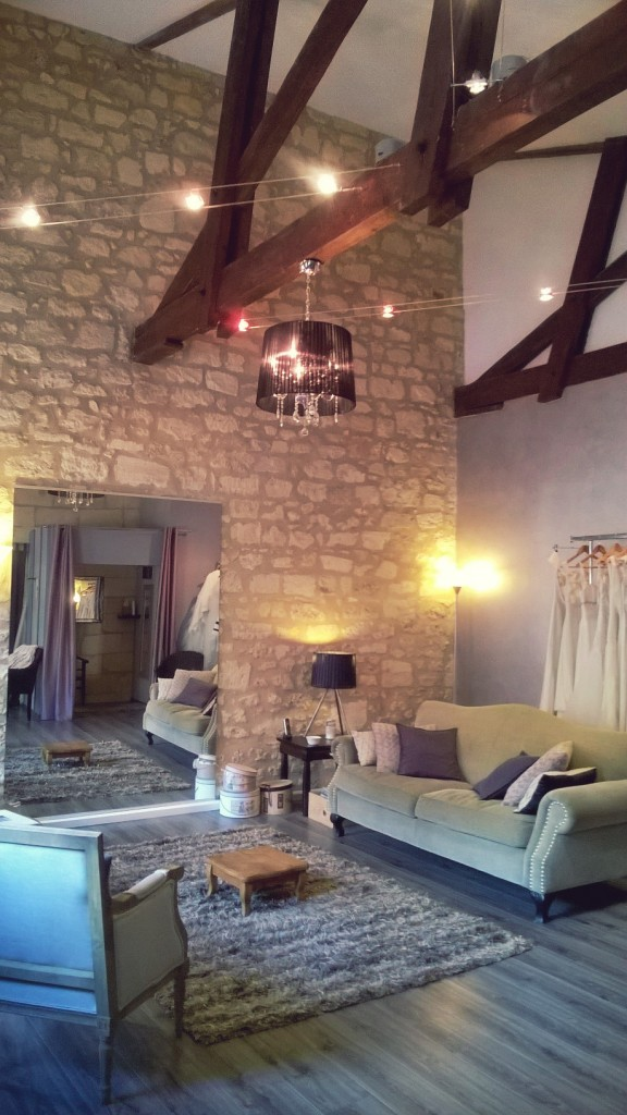 showroom atelier confidentiel création robes de mariée St Emilion