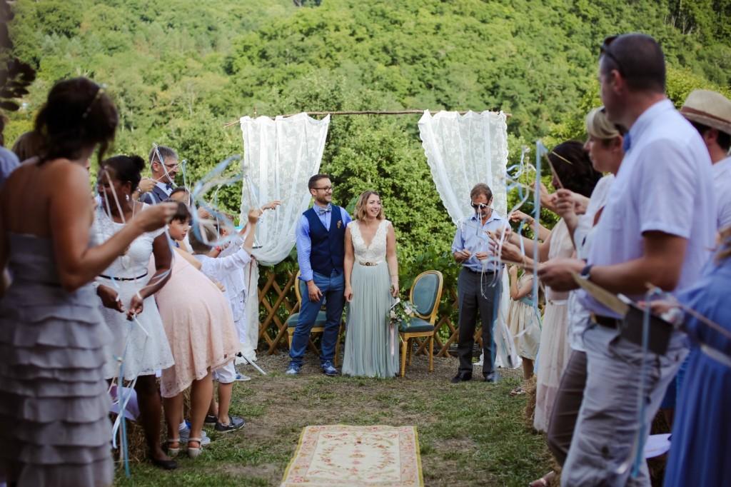Sortie cérémonie Laïque jardin tapis bohème