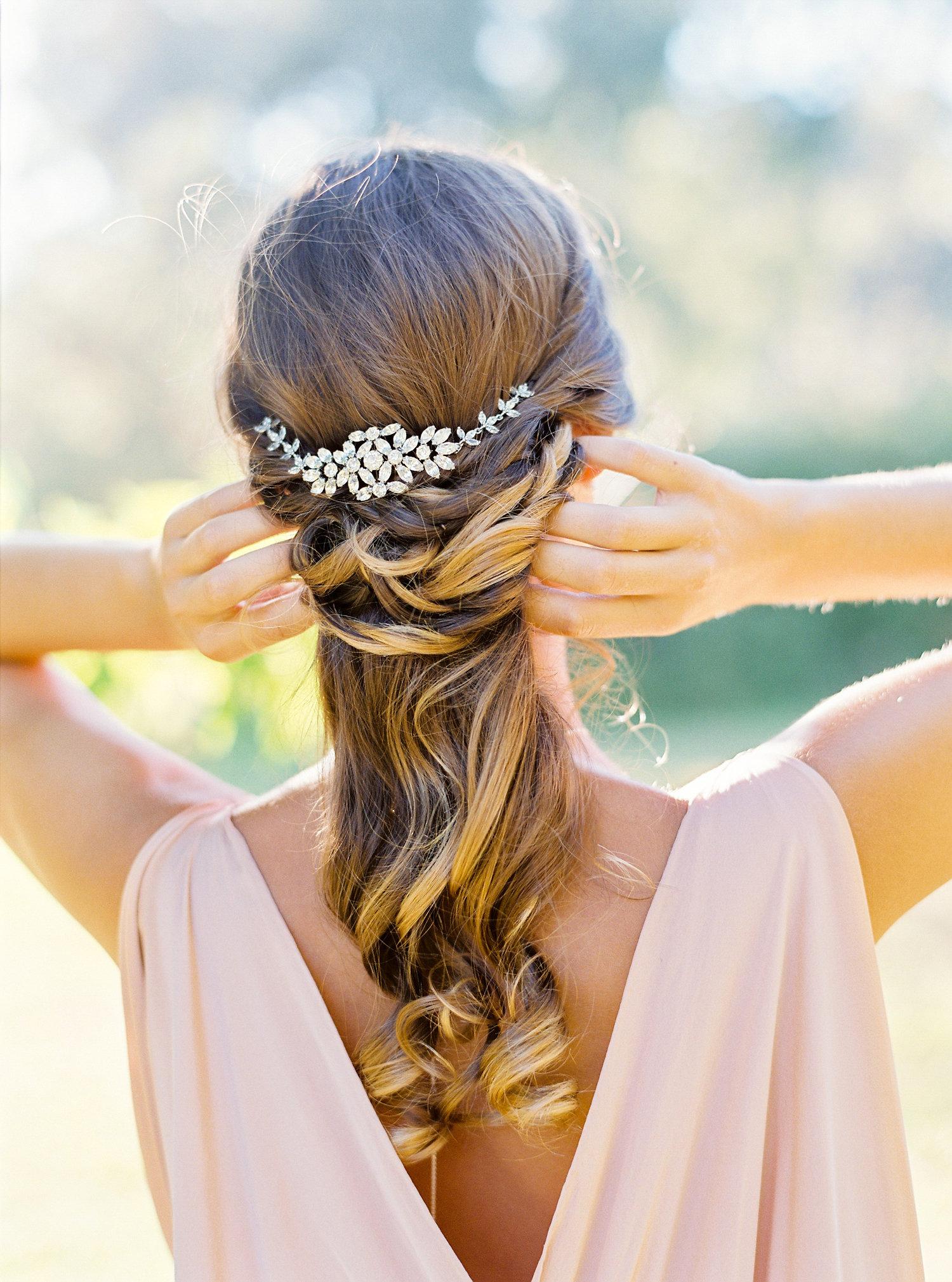 coiffure mariée cheveux long mi laché