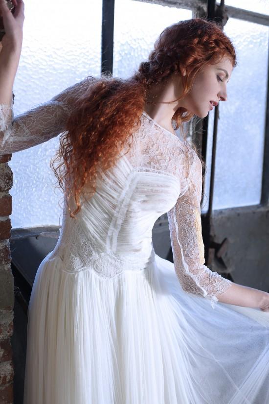 12-confidentiel-creation-robe-de-mariee-sur-mesure-collection-couture-creatrice-marjorie-boyard-modele-ella