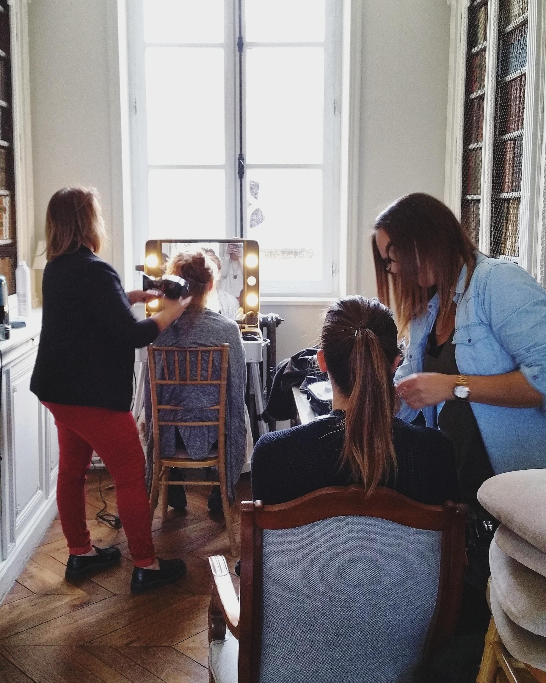 preparation de la mariee coiffure et maquillage
