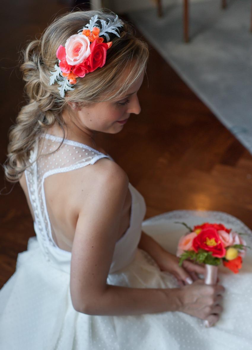 ornement demi couronne fleurs mariée en soie avec bouquet