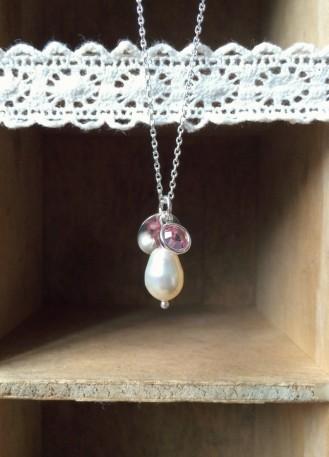 Collier témoin mariage perles nacrée, cristal et initiale