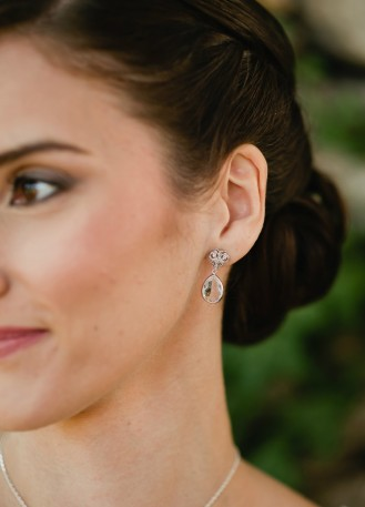 """Boucles d'oreilles mariée """"Nina"""" au charme rétro et chic"""