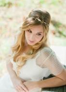 """Headband mariage """"Jeanne"""" avec fleurs de cerisier, perles et cristaux"""
