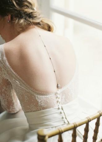 """Bijou de dos """"Victorine"""" pour votre collier de mariée"""
