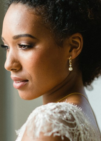 """Boucles d'oreilles mariée """"Emma"""" avec perles nacrées et strass"""