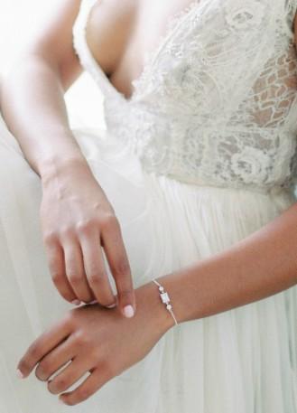 """Bracelet mariage """"Fantine"""" avec petits sertis ronds rétro"""