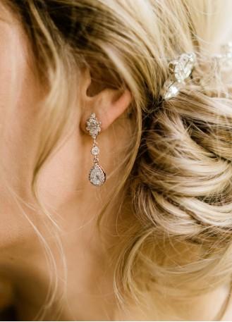 """Boucles d'oreilles mariée """"Lise"""" avec attaches et sertis rétros"""