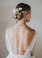 """Peigne de mariée """"Emilie"""" avec roses fraiches stabilisées feuillages et perles"""