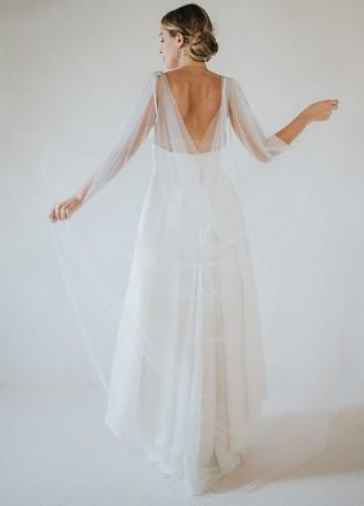 Cape longue en tulle avec strass et épaulette pour tenue de mariée