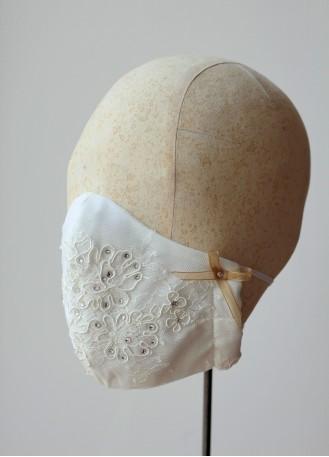 Masque protection dentelle de calais et cristaux