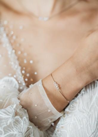 """Bracelet mariage """"Lison"""" simple avec toupies en cristal"""