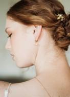 """Boucles d'oreilles mariée """"Abby"""" petites créoles avec perles d'eau douce"""