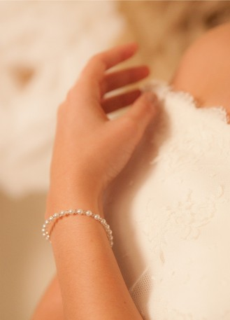"""Bracelet mariage """"Secret"""" avec perles nacrées et perles de cristal"""