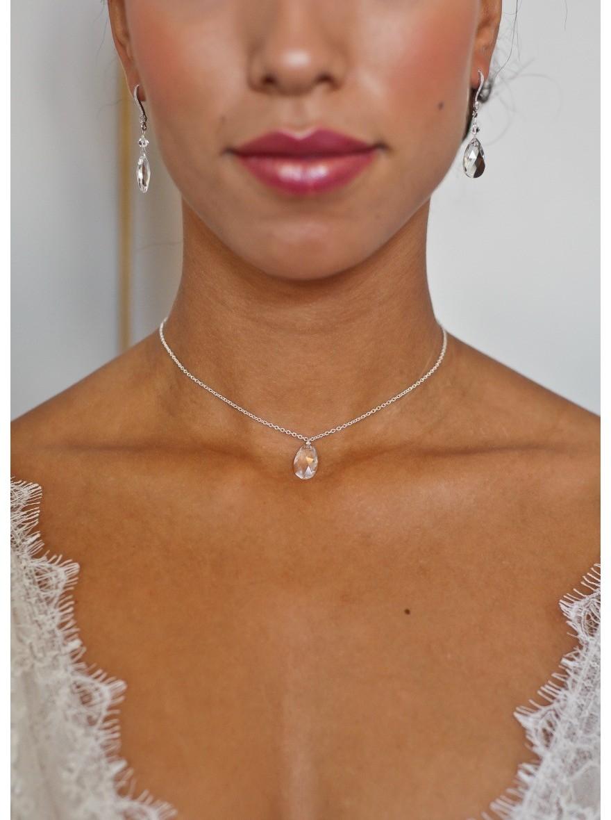 u0026quot louna u0026quot  collier de mari u00e9e avec long bijou robe dos nu