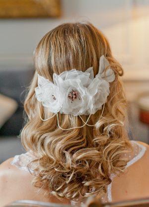 couronne-fleurs-mariee-et-perles