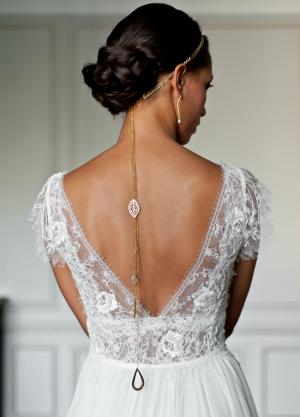 headband-mariage-trois-rangs-perles-cristaux-bijou-dos-long-chic